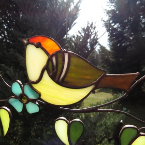 Tiffany madárka ablakdísz, Otthon & lakás, Dekoráció, Dísz, Lakberendezés, Üvegművészet, Tiffany technikával készült függeszthető ablakdísz/napfényfogó.  Madarak fajtái: királyka, vörösbegy..., Meska