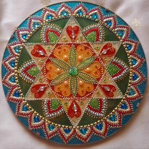 Bőség Mandala, Otthon & Lakás, Dekoráció, Mandala, Üvegművészet, Festészet, Bőség mandala, amely színeivel a szerelem, egészség, gazdagság és a harmonikus élet bevonzását segít..., Meska