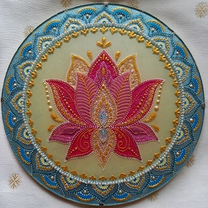 Lótusz Mandala, Otthon & Lakás, Dekoráció, Ablakdísz, Üvegművészet, Festészet, A lótusz az újjászületés, a megvilágosodás, a türelem a a tisztaság szimbóluma. A mandala akrilfesté..., Meska