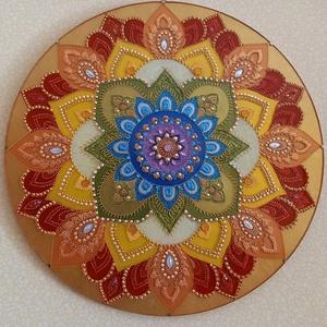 Szivárványos Mandala, Otthon & lakás, Dekoráció, Kép, Üvegművészet, Festészet, Gyönyörű 50 cm-es szivárványos mandala. Akrilfestékkel készült üveglapra, strasszköves díszítéssel. ..., Meska