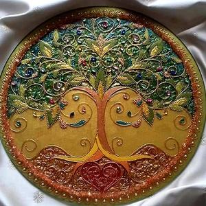 Életfa Mandala, Otthon & lakás, Dekoráció, Kép, Festészet, Üvegművészet, Életfa Mandala\nAz életfa az állandó fejlődés, változás, megújulás, az élet, az ember szimbóluma. Az ..., Meska