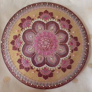 Harmónia Mandala, Otthon & lakás, Dekoráció, Kép, Festészet, Üvegművészet, Harmónia mandala kedves pasztell színárnyalatú virágmotívumban.\nAkrilfesték felhasználásával készült..., Meska