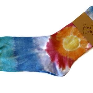 """SunBatik_Zokni _ Napsugár, Ruha & Divat, Női ruha, Selyemfestés, A \""""SunBatik\"""" zoknik egyedi, kézzel készült 100% pamut zoknik. \nA színes , vidám zoknikat ajánlom fér..., Meska"""