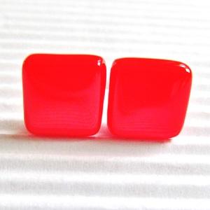 Orvosi fém alapon Ferrari piros kocka üveg fülbevaló, üvegékszer - Meska.hu