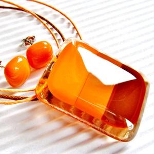 Indián nyár üveg medál és fülbevaló, üvegékszer szett, mandarin, karamell, nyaklánc, Ékszer, Ékszerszett, Ékszerkészítés, Üvegművészet, Áttetsző barack alapon mandarin, világos és sötétebb árnyalatú karamell barna csíkok, hozzá mandarin..., Meska
