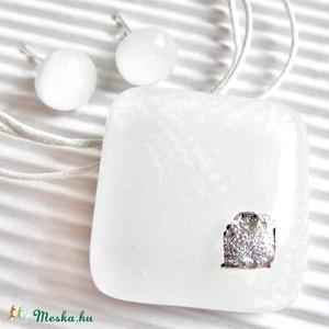 Ezüstfehér ragyogás üveg medál és fülbevaló, üvegékszer szett - Meska.hu