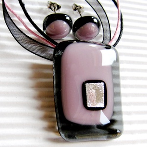 Hamvas sápadt rózsaszín fény üveg medál és fülbevaló NEMESACÉL, nyaklánc, üvegékszer szett - Meska.hu