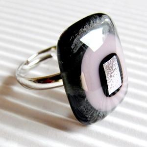 Hamvas sápadt rózsaszín fény üveg gyűrű, üvegékszer - Meska.hu