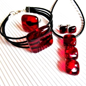 Rubin vörös gyöngysor üveg medál, üvegékszer  - Meska.hu