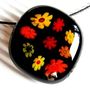 Fekete virágfolyó üveg medál NEMESACÉL akasztón, üvegékszer, Ékszer, Nyaklánc, Medálos nyaklánc, Ékszerkészítés, Üvegművészet, Meska