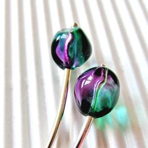 Mon cheri lilában gyöngy fülbevaló, üveggyöngy (CSILLAGuveg) - Meska.hu