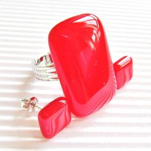 Ferrari piros elegancia üveg gyűrű és fülbevaló orvosi fém bedugón, üvegékszer szett, Ékszer, Ékszerszett, Élénk piros árnyalatú, hosszúkás téglalap formájú gyűrű, amely elegánsan nyújtja az ujjakat, hozzá i..., Meska