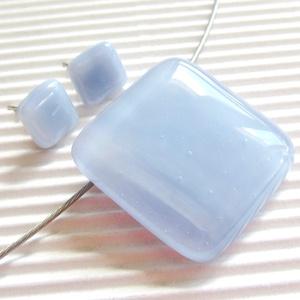 Világoskék - lila fátyol kocka üveg medál és fülbevaló, üvegékszer szett - Meska.hu