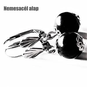 Fekete gyöngy-bogyó lógós fülbevaló nemesacél francia kapcsos akasztón, üveggyöngy ékszer, Ékszer, Fülbevaló, Lógós kerek fülbevaló, Ékszerkészítés, Gyöngyfűzés, gyöngyhímzés, Meska