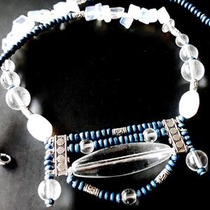 AKCIÓ - Blue jeans üveggyöngy nyakék, üveggyöngy, gyöngyékszer, Ékszer, Nyaklánc, Medálos nyaklánc, Ékszerkészítés, Gyöngyfűzés, gyöngyhímzés, AKCIÓ: 3 db nyakék egy kosárban vásárlásakor a 3. árából 50 % engedményt adok. 4 db gyöngyfűzött nya..., Meska