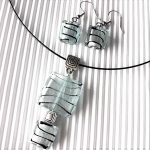 Zebra ezüstben minimal nyakék és lógós fülbevaló nemesacél akasztón üveg ékszerszett, üveggyöngy, Ékszer, Ékszerszett, Ékszerkészítés, Gyöngyfűzés, gyöngyhímzés, Meska