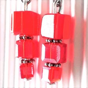 Vörös díva gyöngy fülbevaló nemesacél akasztón, üveggyöngy, Ékszer, Fülbevaló, Lógó csepp fülbevaló, Ékszerkészítés, Gyöngyfűzés, gyöngyhímzés, Meska