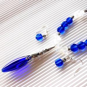 Kékségek királynője nyakék és lógós üveg fülbevaló ékszerszett, üveggyöngy, Ékszer, Ékszerszett, Ékszerkészítés, Gyöngyfűzés, gyöngyhímzés, Gyönyörű, nagy, ovális, királykék üveggyöngyökből készítettem a nyakéket, különböző formájú és méret..., Meska