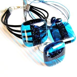 Teal szikrázás üveg medál, fülbevaló és üveg-bőr karkötő, üvegékszer szett - Meska.hu