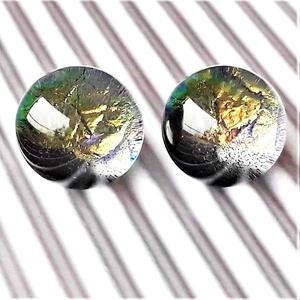 Hamvas arany ragyogás bedugós dichroic üveg fülbevaló orvosi fém alapon , üvegékszer, Ékszer, Fülbevaló, Pötty fülbevaló, Ékszerkészítés, Üvegművészet, Meska