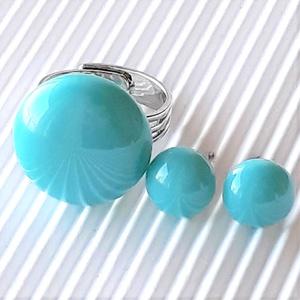 Akvamarin kerek gyűrű és fülbevaló orvosi fém bedugón, üvegékszer szett, Ékszer, Ékszerszett, Ékszerkészítés, Üvegművészet, Meska