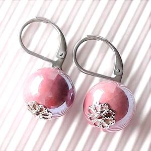 Púderes rózsaszín fülbevaló nemesacél francia kapcsos alapon, gyöngyékszer  - Meska.hu