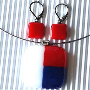 NEMESACÉL: Tengerész fehér-piros-kék mozaik üveg medál és bedugós fülbevaló, üvegékszer szett  - Meska.hu