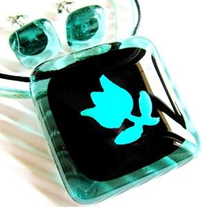 Kék tulipán mentában üveg medál és fülbevaló NEMESACÉL/ORVOSI FÉM alapokon, üvegékszer szett, Ékszer, Ékszerszett, Ékszerkészítés, Üvegművészet, Meska