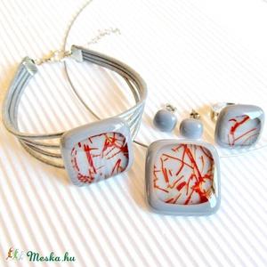 Galambszürke csillaghullás üveg medál, karkötő, gyűrű és fülbevaló orvosi fém bedugón, üvegékszer szett - Meska.hu