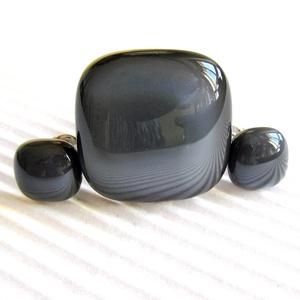 Grafit szürke üveg gyűrű és fülbevaló ORVOSI FÉM bedugón, üvegékszer szett - ékszer - ékszerszett - Meska.hu