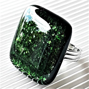 Szikrázó mohaszőnyeg üveg maxi gyűrű, üvegékszer, Ékszer, Gyűrű, Statement gyűrű, Ékszerkészítés, Üvegművészet, Meska
