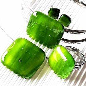 Lorien erdeje kocka üveg medál, karkötő és lógós fülbevaló orvosi fém alapon, üvegékszer szett - ékszer - ékszerszett - Meska.hu
