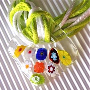 Virágzó függőkert fémmentes üveg medál, nyaklánc, millefiori, virág üvegékszer, Ékszer, Nyaklánc, Medálos nyaklánc, Ékszerkészítés, Üvegművészet, Meska