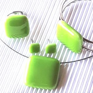 Bambuszrügy üveg kocka medál, gyűrű, karkötő és fülbevaló orvosi fém bedugón, üvegékszer szett, Ékszer, Ékszerszett, Ékszerkészítés, Üvegművészet, Meska
