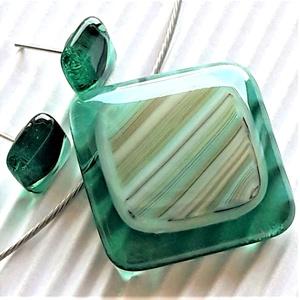 Menta hullám üveg medál és fülbevaló, NEMESACÉL/ORVOSI FÉM, üvegékszer szett, Ékszer, Ékszerszett, Ékszerkészítés, Üvegművészet, Meska