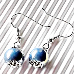Fénylő levendula lilás-kék lógós fülbevaló NEMESACÉL akasztón, gyöngyékszer, Ékszer, Fülbevaló, Lógó fülbevaló, Ékszerkészítés, Gyöngyfűzés, gyöngyhímzés, Meska
