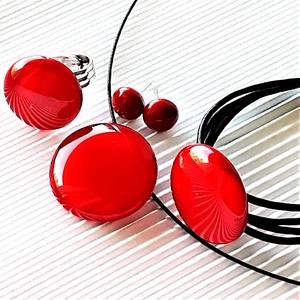 Meggy színű kerek üveg medál, karkötő, gyűrű és fülbevaló, NEMESACÉL/ORVOSI FÉM, üvegékszer szett, Ékszer, Ékszerszett, Ékszerkészítés, Üvegművészet, Meska