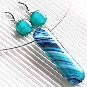 Smaragd - kék selyemcsillám elegáns üveg medál és franciakapcsos fülbevaló, NEMESACÉL/ORVOSI FÉM, üvegékszer szett, Ékszer, Ékszerszett, Ékszerkészítés, Üvegművészet, Meska