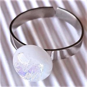 Aranyló fehér pötty üveg gyűrű NEMESACÉL alapon, üvegékszer, Ékszer, Gyűrű, Statement gyűrű, Ékszerkészítés, Üvegművészet, Meska