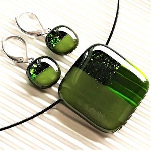 Szikrázó mohazöld mozaik üveg medál és franciakapcsos fülbevaló NEMESACÉL/ORVOSI FÉM, üvegékszer szett  - Meska.hu