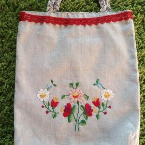 Kézzel hímzett táska , NoWaste, Bevásárló zsákok, zacskók , Táska, Divat & Szépség, Táska, Varrás, Hímzés, Kézzel hímzett lenvászon táska. \nNagyon egyedi, vidd magaddal minden bevásárláshoz!\n\nBelül színes, ú..., Meska