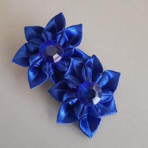 Kék krokodil csat, Hajcsat & Hajtű, Hajdísz & Hajcsat, Ruha & Divat, Mindenmás, Kék színű  szatén szalagból Kanzashi technikával készítettem virágot, melynek közepén kék színű gyön..., Meska