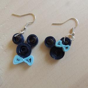 Mickey és Minnie fülbevaló, Ékszer, Fülbevaló, Papírművészet, Ékszerkészítés, A Disney meséből jól ismert Mickey és Minnie egér fülbevaló változata, sötét- és világoskék variáció..., Meska