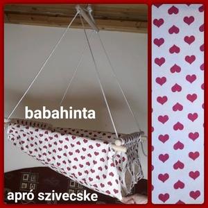 Babahinta - apró szivecske minta RUGÓVAL, Játék & Gyerek, Hinta & Kerti játék, Varrás, Csomózás, A megjelölt mintával kapható babahinta. \n\nÚjszülöttől 25 kg-os korig használható, fekve és ülve is. ..., Meska