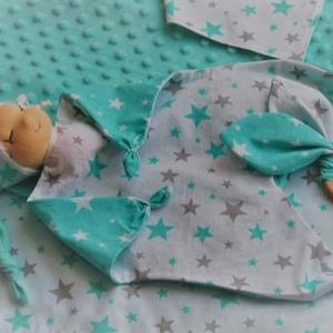 Gyönyörű menta-szürke babaváró ajándék Waldorf típusú rongyibabával - Meska.hu