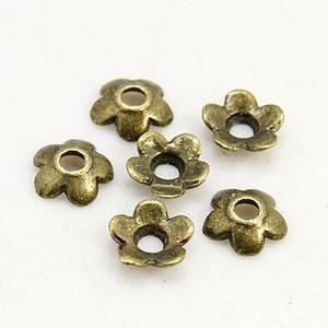 Gyöngykupak (14. minta/10 db) - 6,5x6,5 mm (csimbo) - Meska.hu