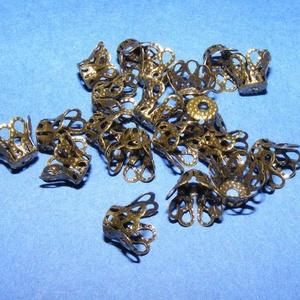 Gyöngykupak (34. minta/10 db) - 9 mm, Gyöngy, ékszerkellék, Egyéb alkatrész, Ékszerkészítés, \nGyöngykupak (34. minta) - bronz színben\n\nMérete: 9 mm\n\nAz ár 10 darab termékre vonatkozik.\n\r\n, Meska