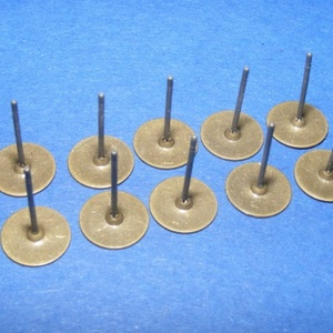 Fülbevaló alap (262. minta/10 db), Gyöngy, ékszerkellék,  Fülbevaló alap (262. minta) - stiftes - bronz színben  Mérete: 8 mm; a tüske mérete: 12 mm Hozzáva..., Meska