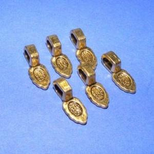 Medálrögzítő (353/E minta/1 db), Gyöngy, ékszerkellék, Ékszerkészítés,  Medálrögzítő (353/E minta) - ragasztható - antik arany színben  Mérete: 16x6 mmA ragasztható rész:..., Alkotók boltja