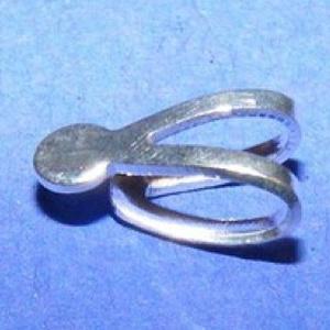 Medálrögzítő (360/B minta/1 db), Gyöngy, ékszerkellék,  Medálrögzítő (360/B minta) - ragasztható - ezüst színben  Mérete: 8x4 mmA ragasztható rész: 3..., Meska